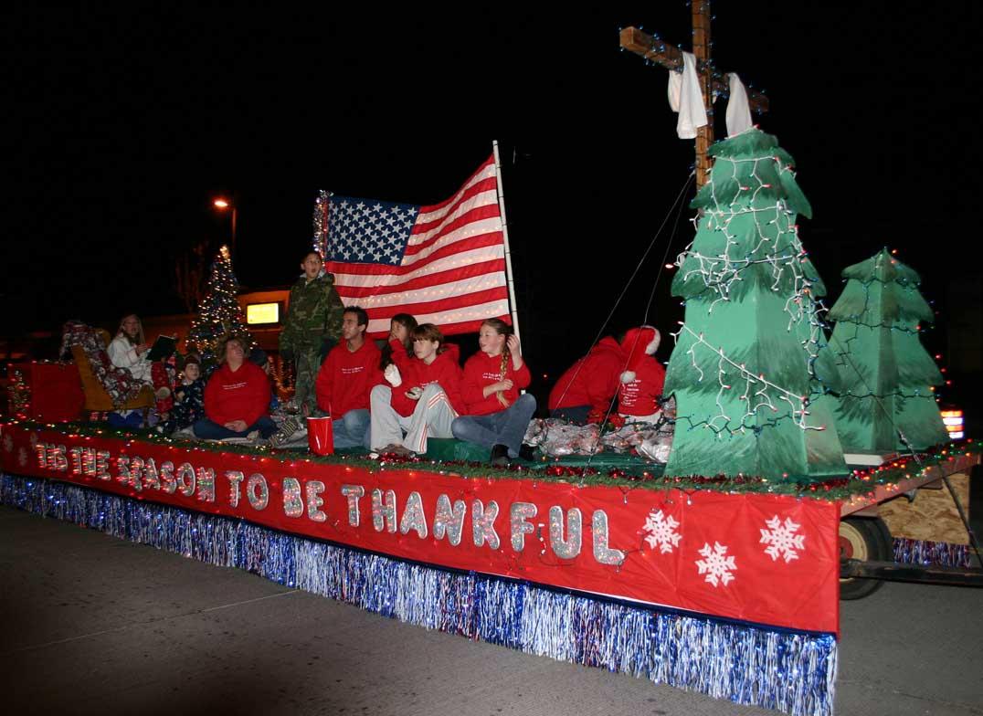 saint mary parish youth group float wins award for best theme in ogden city parade - Christmas Float Decorations